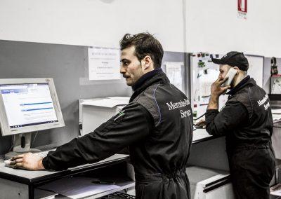 Officina-autorizzata-mercedes-F.lli-Lattanzi-Civitanova-Marche-controllo-lavori